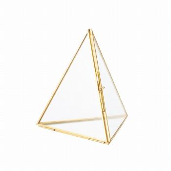 ピラミッドシックS